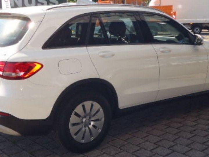 Mercedes Classe CLC 220 D 170 4MATIC 9G-TRONIC  (06/2016) blanc polaire - 5
