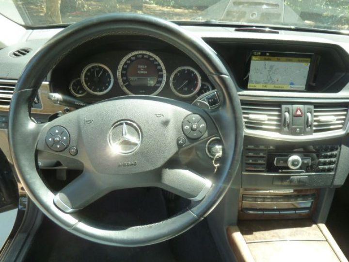 Mercedes Classe E 300 CDI 7 G-TRONIC NOIR OBSYDIENNE METALLISE - 12