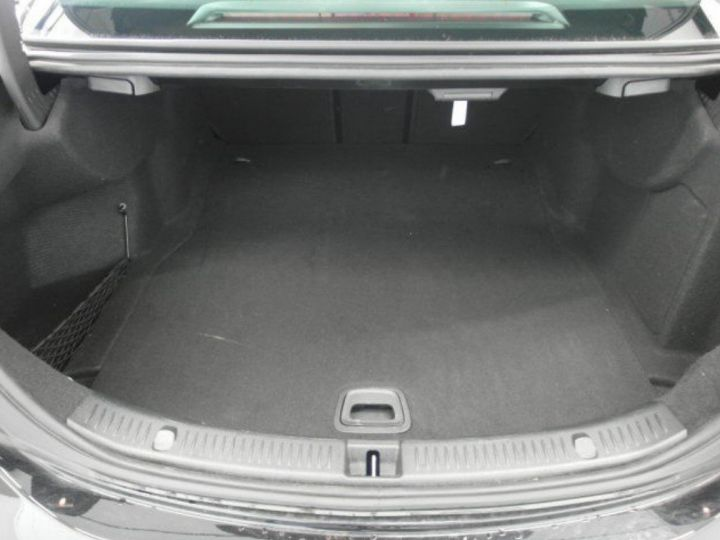 Mercedes Classe E 350CDI BA 4MATIC BlueTEC 258ch, 9G-TRONIC (01/2018) noir métal - 12