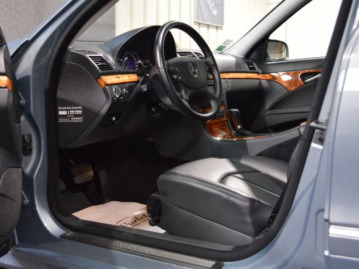 Mercedes Classe E E280 CDI W211 PH2 3.0l V6 190ch 7G TRONIC ELEGANCE HISTORIQUE COMPLET XENON CUIR GPS GRIS FONCE - 7