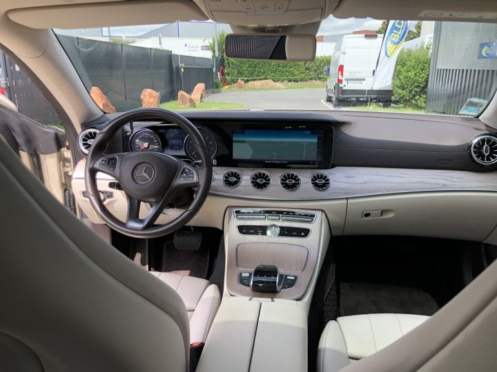 Mercedes Classe E E300 EXECUTIVE 9G-TRONIC BRONZE - 15
