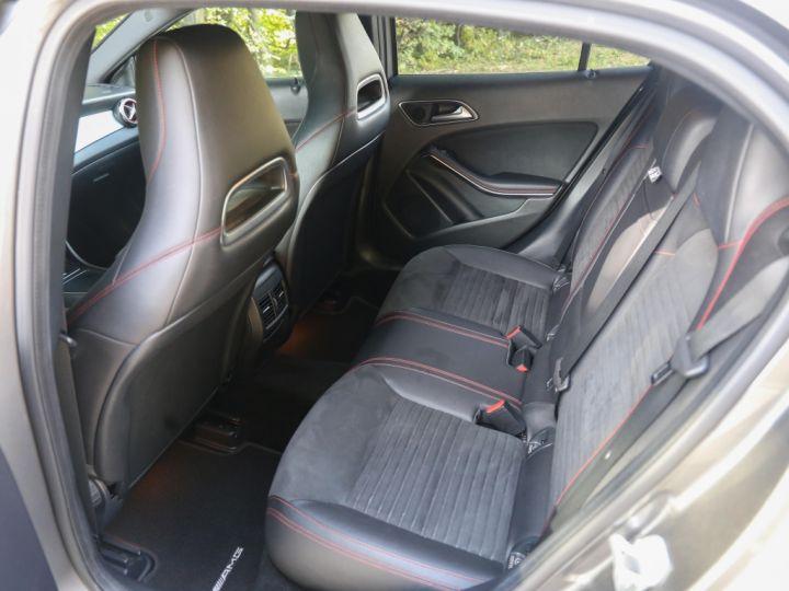 Mercedes Classe GLA 200 7-G DCT Sensation GRIS - 9