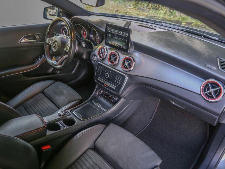 Mercedes Classe GLA 200 7-G DCT Sensation GRIS - 10