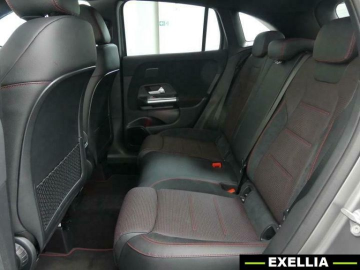 Mercedes Classe GLA 200 EDITION 1 AMG  GRIS PEINTURE METALISE  Occasion - 9
