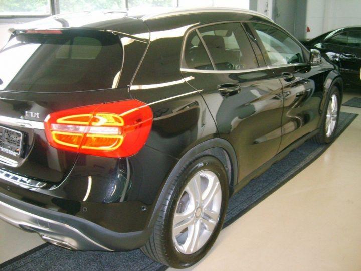 Mercedes Classe GLA 220 CDI 177 cv 7G-TRON(07/2015) noir metal - 3