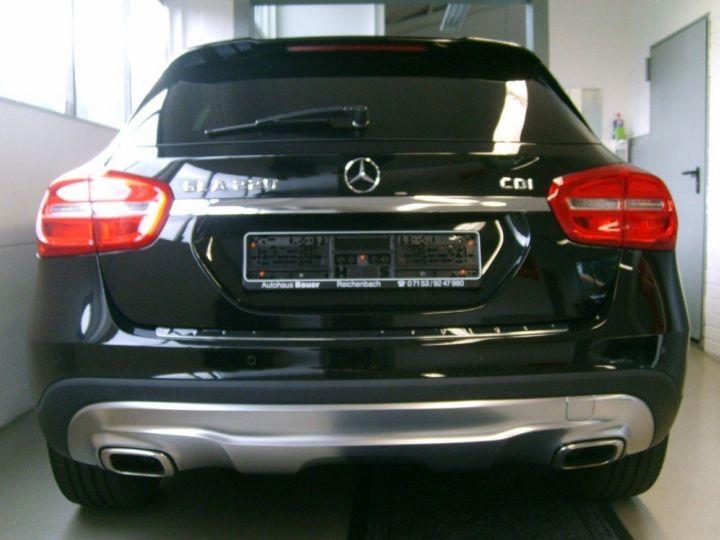 Mercedes Classe GLA 220 CDI 177 cv 7G-TRON(07/2015) noir metal - 4