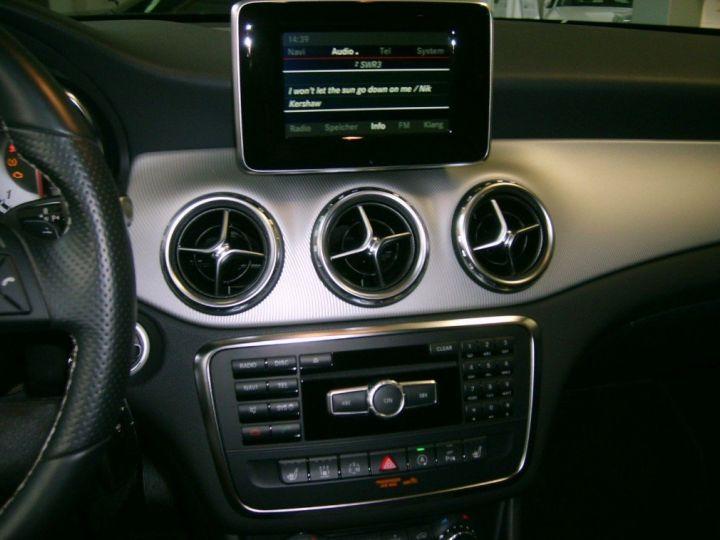 Mercedes Classe GLA 220 CDI 177 cv 7G-TRON(07/2015) noir metal - 7