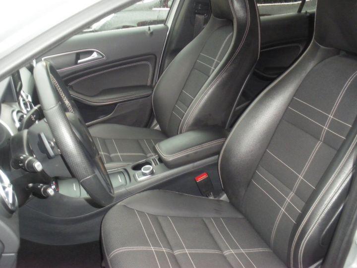 Mercedes Classe GLA BUSINESS EXECUTIVE Gris - 4