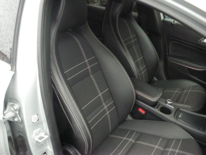 Mercedes Classe GLA BUSINESS EXECUTIVE Gris - 8