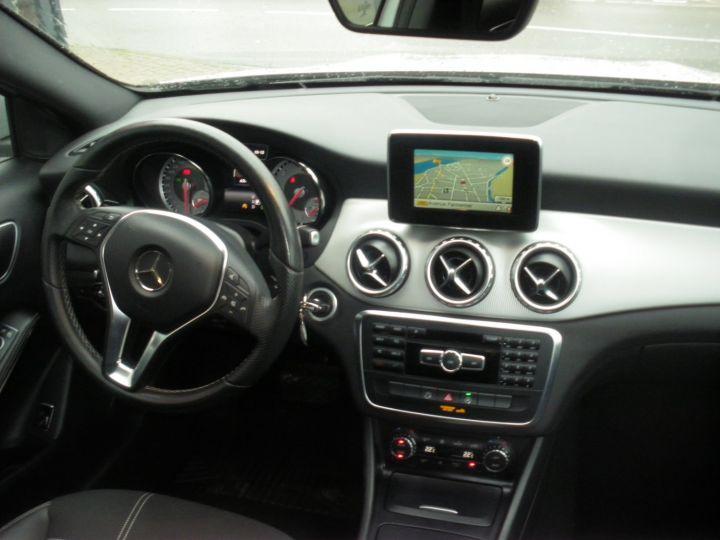 Mercedes Classe GLA BUSINESS EXECUTIVE Gris - 9