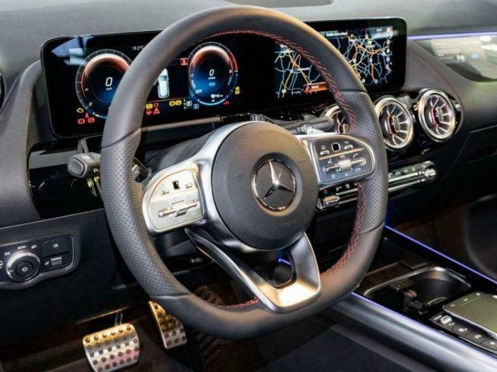 Mercedes Classe GLA Mercedes-Benz GLA 250e Hybride AMG 8cv (160ch) Gris Foncé - 8