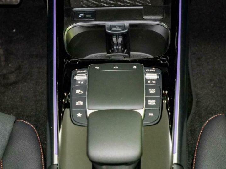 Mercedes Classe GLA Mercedes-Benz GLA 250e Hybride AMG 8cv (160ch) Gris Foncé - 14