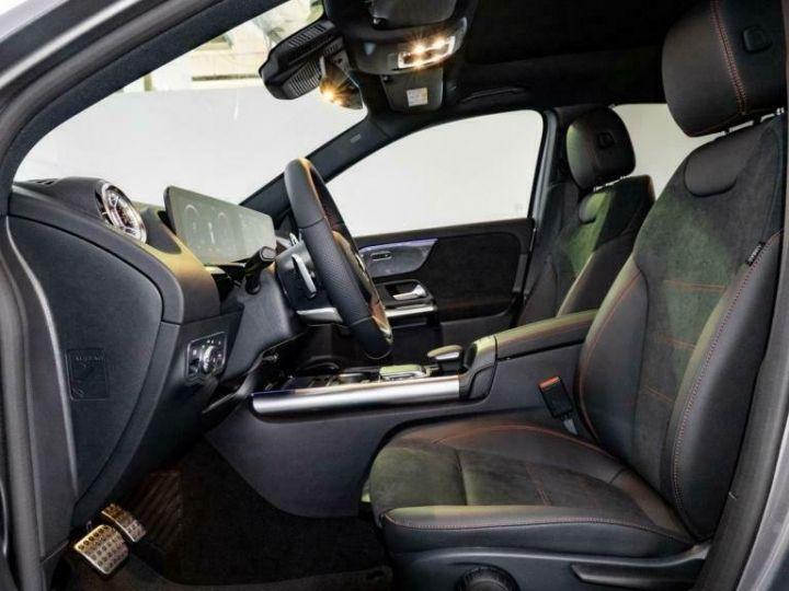 Mercedes Classe GLA Mercedes-Benz GLA 250e Hybride AMG 8cv (160ch) Gris Foncé - 15