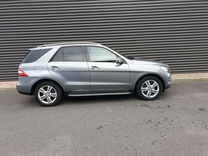 Mercedes Classe ML iii 3. 250 4 matic sport 7 tronic Gris Anthracite Occasion - 3