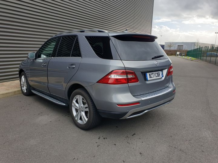 Mercedes Classe ML iii 3. 250 4 matic sport 7 tronic Gris Anthracite Occasion - 22