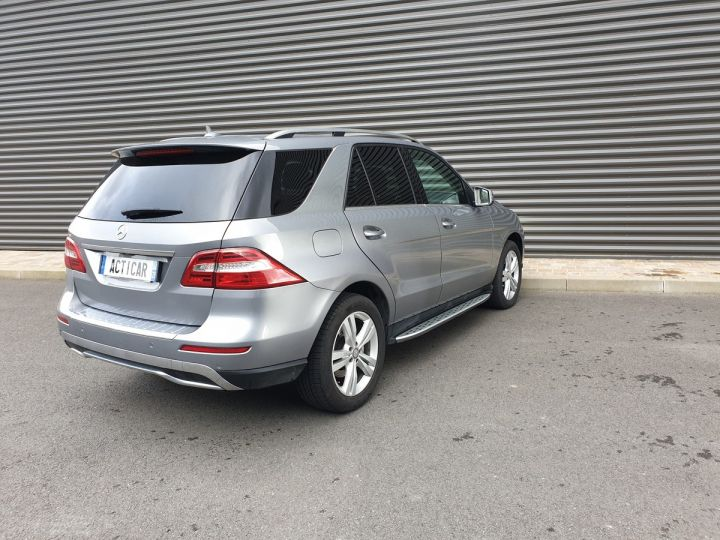 Mercedes Classe ML iii 3. 250 4 matic sport 7 tronic Gris Anthracite Occasion - 23