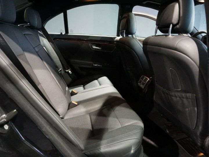 Mercedes Classe S (2) 350 BLUETEC 258 7G-TRONIC(10/2013) noir métal - 12