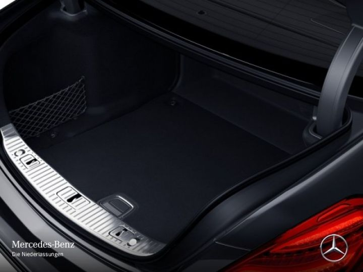 Mercedes Classe S MAYBACH 560 4MATIC 4.0 V8 bi-turbo noir/schwarz - 7