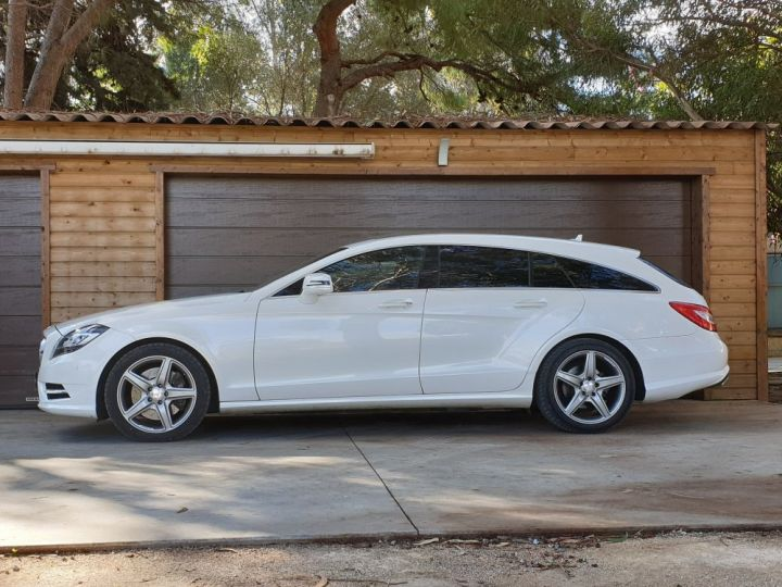 Mercedes CLS Shooting Brake 350 CDI 7 GTRONIC+ PACK AMG BLANC NACRE - 3