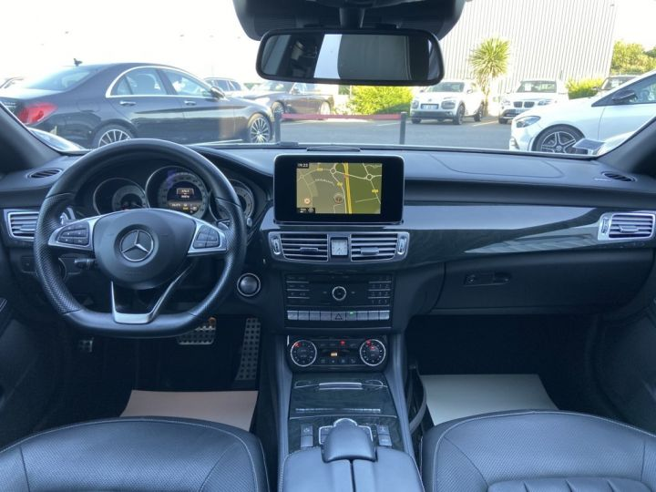 Mercedes CLS Shooting Brake 350 D FASCINATION PACK AMG 258ch 9G-TRONIC BLANC NACRE - 12