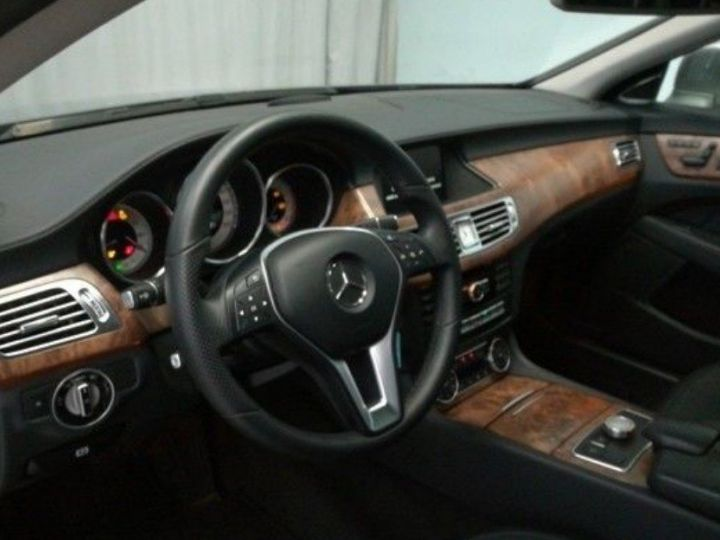Mercedes CLS Shooting Brake II 350 CDI BLUEEFFICIENCY EDITION 1 BA7 7G-TRONIC PLUS(07/2014) Gris métal palladium - 4