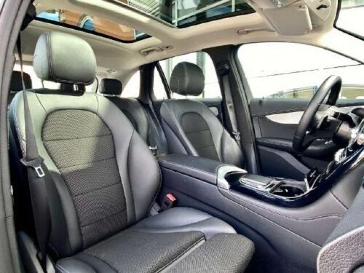 Mercedes GLC 200 d 4Matic / GPS / Contrôle automatique de la pression des pneus / Toit ouvrant/ Phare LED / Caméra / Garantie 12 mois  Noir métallisée  - 7