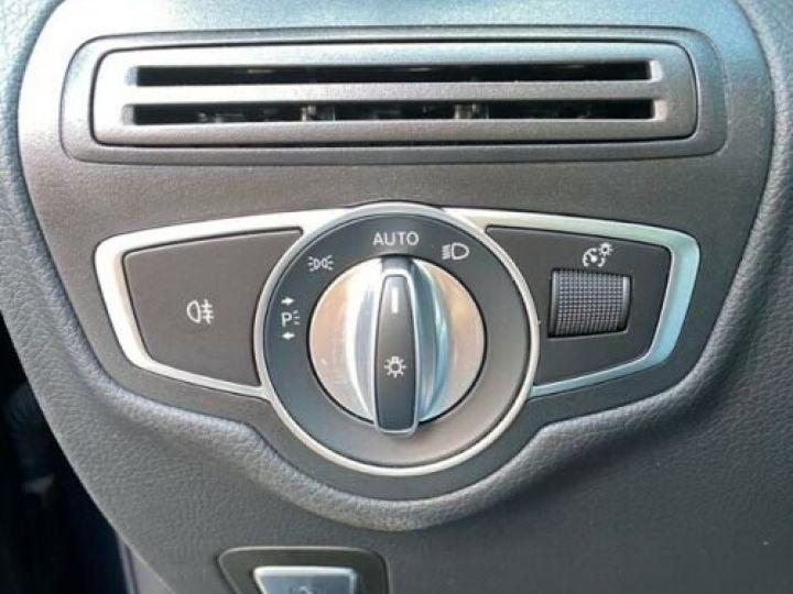 Mercedes GLC 200 d 4Matic / GPS / Contrôle automatique de la pression des pneus / Toit ouvrant/ Phare LED / Caméra / Garantie 12 mois  Noir métallisée  - 14