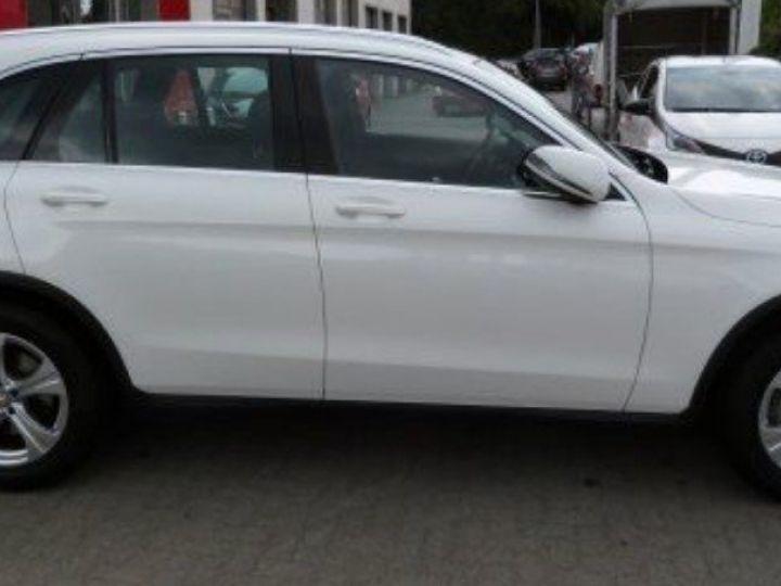 Mercedes GLC 250  CDI 204 Exclusive 4Matic 9G-TRO(12/2015) POLARWEISS - UNILACK blanc - 3