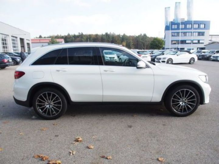 Mercedes GLC 250 D 204CH 4MATIC 9G-TRONIC BLANC Occasion - 5