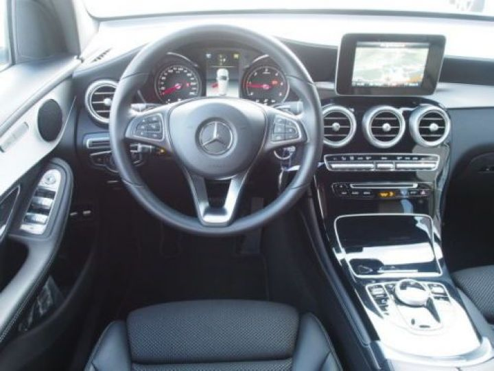 Mercedes GLC 250 D 204CH 4MATIC 9G-TRONIC BLANC Occasion - 8