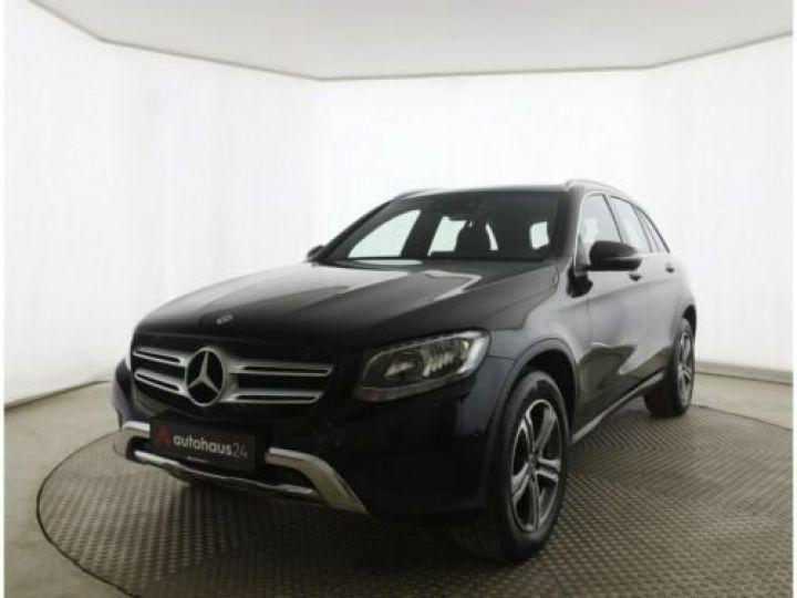 Mercedes GLC 250 d 4Matic / Affichage tête haute / GPS / Bluetooth / Toit panoramique /Garantie 12 mois Noir métallisée  - 2