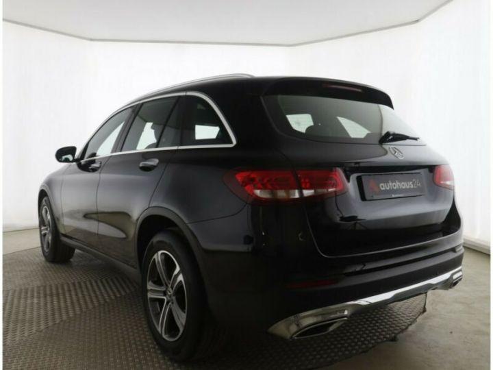 Mercedes GLC 250 d 4Matic / Affichage tête haute / GPS / Bluetooth / Toit panoramique /Garantie 12 mois Noir métallisée  - 3
