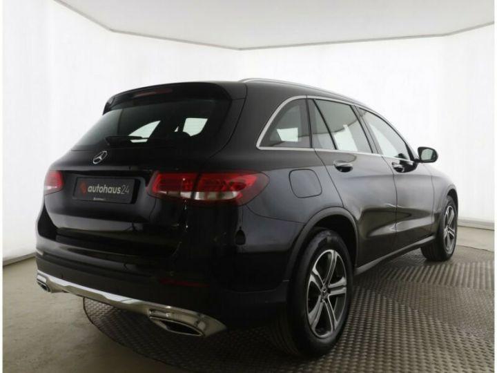 Mercedes GLC 250 d 4Matic / Affichage tête haute / GPS / Bluetooth / Toit panoramique /Garantie 12 mois Noir métallisée  - 4