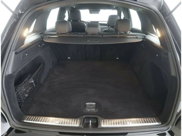 Mercedes GLC 250 d 4Matic / Affichage tête haute / GPS / Bluetooth / Toit panoramique /Garantie 12 mois Noir métallisée  - 5
