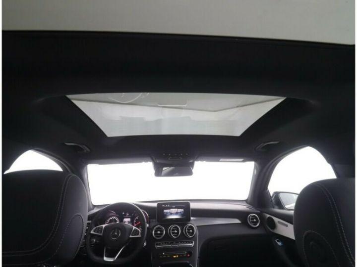 Mercedes GLC 250 d 4Matic / Affichage tête haute / GPS / Bluetooth / Toit panoramique /Garantie 12 mois Noir métallisée  - 6