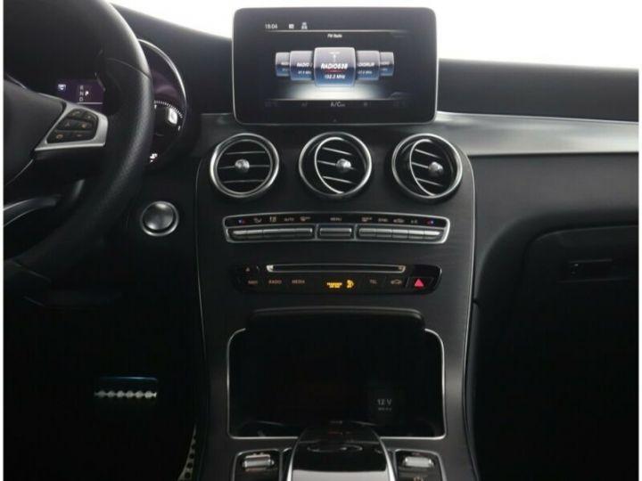 Mercedes GLC 250 d 4Matic / Affichage tête haute / GPS / Bluetooth / Toit panoramique /Garantie 12 mois Noir métallisée  - 11