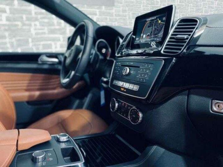 Mercedes GLE Coupé 350 AMG Gris - 3