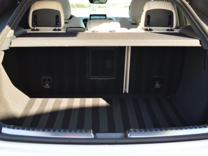 Mercedes GLE Coupé RARE MERCEDES GLE 63S AMG COUPE DCT 7G TRONIC 5.5l V8 585ch 4MATIC FULL ATTELAGE DESIGNO ECHAP. SPORT 1ERE MAIN BLANC NACRE DESIGNO - 18