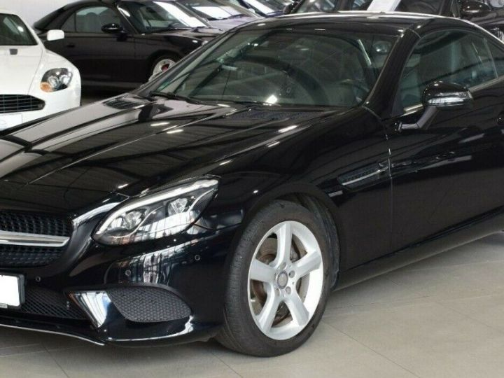 Mercedes SLC 200 Roadster  9G-TRONIC 05/2016 noir métal - 6