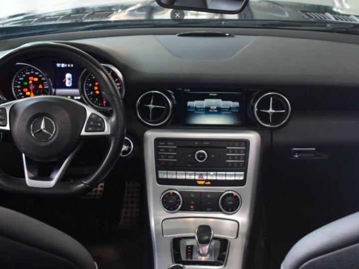 Mercedes SLC 200 Roadster  9G-TRONIC 05/2016 noir métal - 9