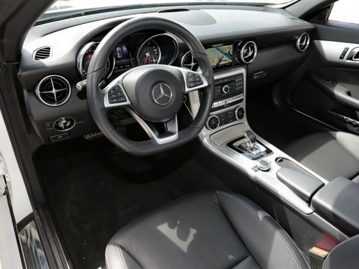 Mercedes SLC 200  Roadster 9G-TRONIC Blanc métal  - 10