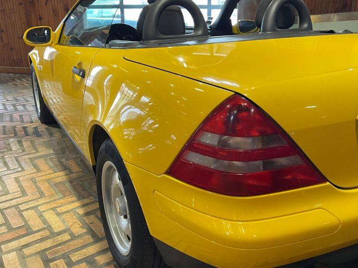 Mercedes SLK 200 (R170) Jaune ferrari - 3