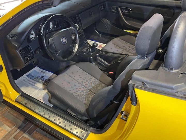 Mercedes SLK 200 (R170) Jaune ferrari - 9
