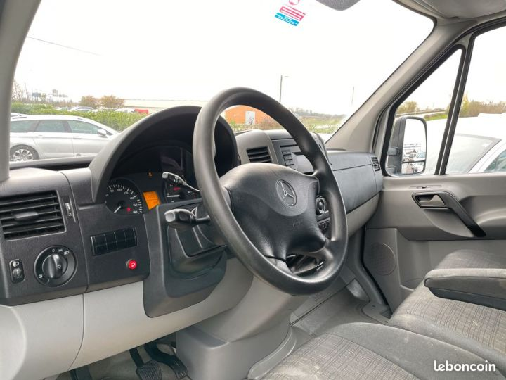 Mercedes Sprinter 22m3 hayon porte latérale  - 3