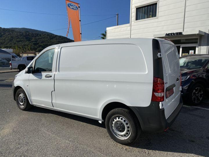 Mercedes Vito FG 111 CDI COMPACT Blanc - 2