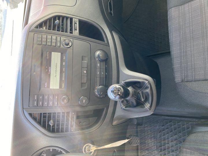 Mercedes Vito FG 111 CDI COMPACT Blanc - 9