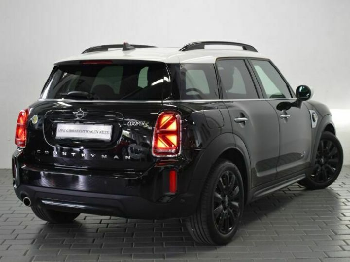 Mini Cooper SE / GPS / TOIT OUVRANT / BLUETOOTH / APPLE CarPlay / Siège Chauffants / GARANTIE 12 MOIS Noir métallisée  - 2