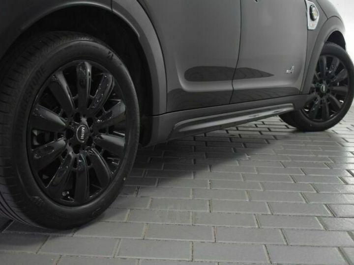 Mini Cooper SE / GPS / TOIT OUVRANT / BLUETOOTH / APPLE CarPlay / Siège Chauffants / GARANTIE 12 MOIS Noir métallisée  - 3