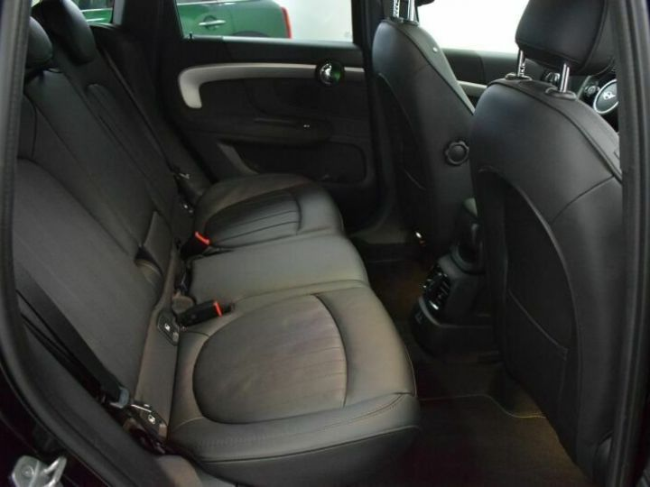Mini Cooper SE / GPS / TOIT OUVRANT / BLUETOOTH / APPLE CarPlay / Siège Chauffants / GARANTIE 12 MOIS Noir métallisée  - 10