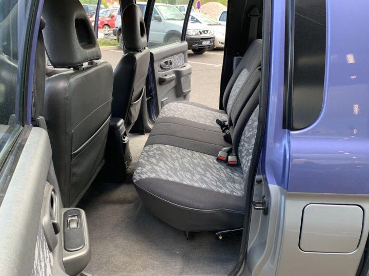 Mitsubishi L200 Double cabine 2.5 L TD 100 CV GLS Violet + gris - 11